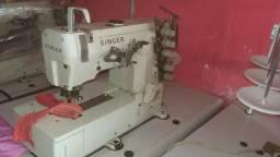 Máquina de costura goleira Singer