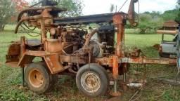 Vendo máquina para poços artesianos