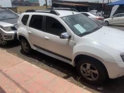 Duster Dakar 2.0 4x2 automática 2014 - 2014