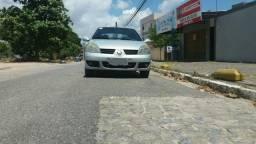 Clio Sedan 1.6 16v Privilegie - 2008