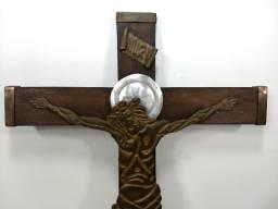 Antigo Crucifixo Madeira Sacra Religiosa 50x35 Parede Raro