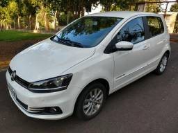 VW Fox ConfortLine 1.6 Completo - 2015 - 2015