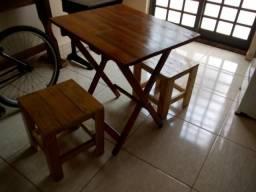 Mesa + bancos