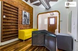 Casa com 200m² e 6 quartos