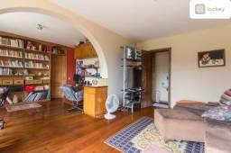 Apartamento com 324m² e 5 quartos