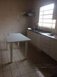 Casa com 3 quartos - Bairro Aurora em Londrina