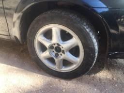 Vendo rodas aro 15 com pneu (whatsapp na descrição)