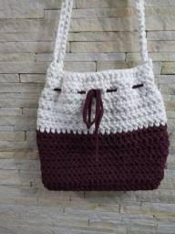 Bolsa artesanal bem crochê