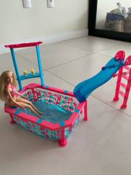 Piscina da Barbie + Barbie