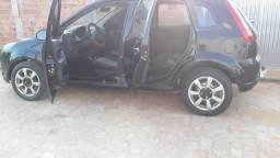 Carro Ford Fiesta