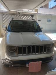Título do anúncio: Jeep Renagade Limited Extra com 9000 Km