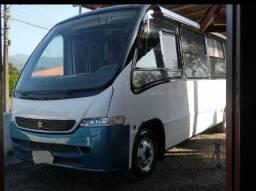 Título do anúncio: Micro ônibus sênior 915 top  completo