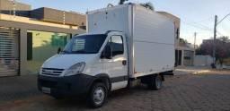 Título do anúncio: Caminhão iveco 55c16 ano 2010
