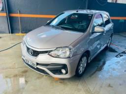 Toyota etios 1.5 xls automático