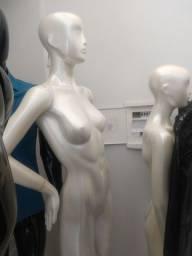 Manequins