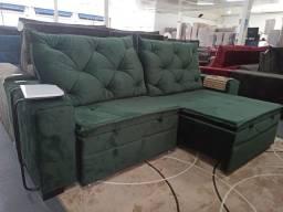 Móveis, sofá e eletrônicos