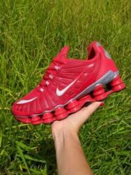 Nike Shox 12 molas refletido