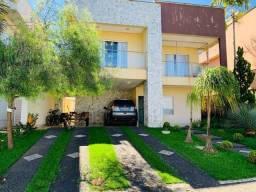 Título do anúncio: Casa de condomínio sobrado para venda possui 350 metros quadrados com 4 quartos