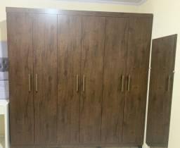 Título do anúncio: Vendo guarda roupa 750,00 madeira pura novo