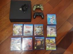 Playstation 4 Pro 1TB + 2 controles + jogos físicos.
