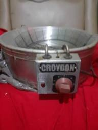 Título do anúncio: Fritadeira da croydon