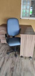Título do anúncio: Mesa com cadeira para escritório.