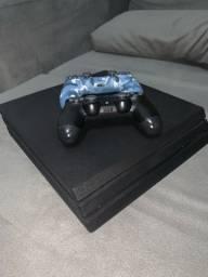 (NEGOCIAR) PlayStation 4 Pro + 2 controles + 1 jogo