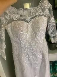 Título do anúncio: Lindo vestido de noiva
