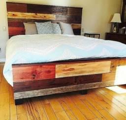Camas e cabeceiras para box em madeira maciça sob medidas