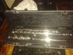 Vendo flauta transversal schieffer 750,00