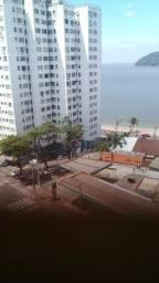 Alugo apartamento de 1 dormitório em São Vicente em frente a Praia pra temporada