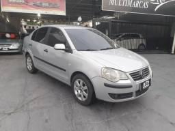 """Polo Sedan 1.6 """"2008/2009"""" (Entr: 4.000,00+48X) - 2009"""