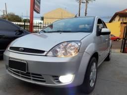 Fiesta 1.6 8v Flex Sedan 06/06 * Top! - 2006
