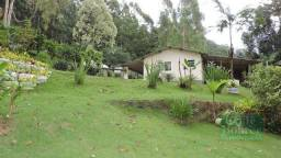 Sítio com 33 hectares situado na estrada Friburgo-Sumidouro, Duas Barras-RJ