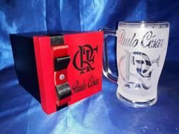 Caneca de Chopp Personalizada com caixa de Madeira mdf