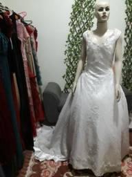 Vestido de noiva com calda
