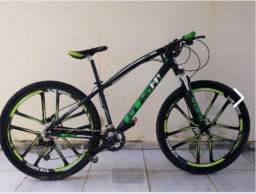 Bike aro 29, freio hidráulico e rodas de liga leve