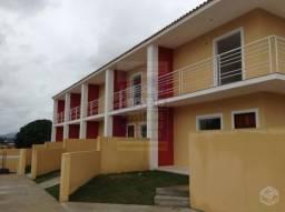 Ampla casa Duplex nova com 2 quartos 2 banheiros condomínio sem taxa no centro
