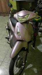 Vendo ou troco por: CELTA/ moto Biz125 2010top bem conservada - 2010