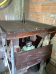 Maquinário para serraria e/ou moveis