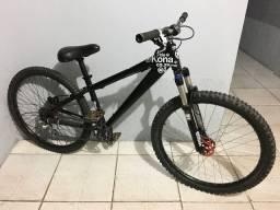 Bike Kona shred freeride dirt jump