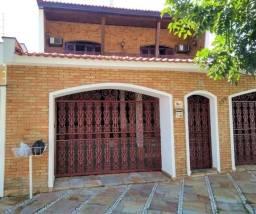 Casa 6 quartos 1 suíte master com jacuzzi, piscina, 3 salas