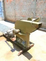 Picadeira 220v motor 10cv