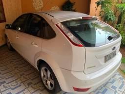 Vende se Ford Focus Hatch 2.0 - 2012