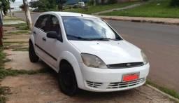 Fiesta 1.0 4P 6mil - 2004
