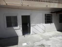 Casa 01 - Rua Angelo Laporta, 46 Fds, Centro, Fpolis/SC