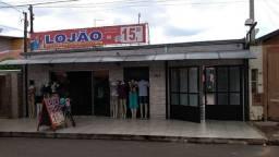 Casa com salão comercial em Cosmópolis-SP (CA0172)