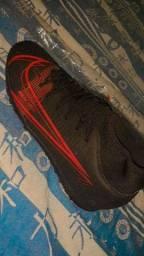 Título do anúncio: Chuteira Nike original, 43