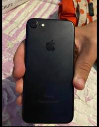 Título do anúncio: iPhone 7 com 128 GB faço troca