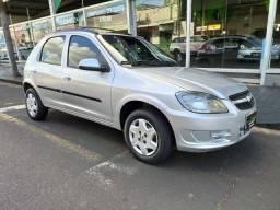 GM Celta 1.0 LT 13/13 Completo. Vendo/Troco/Financio